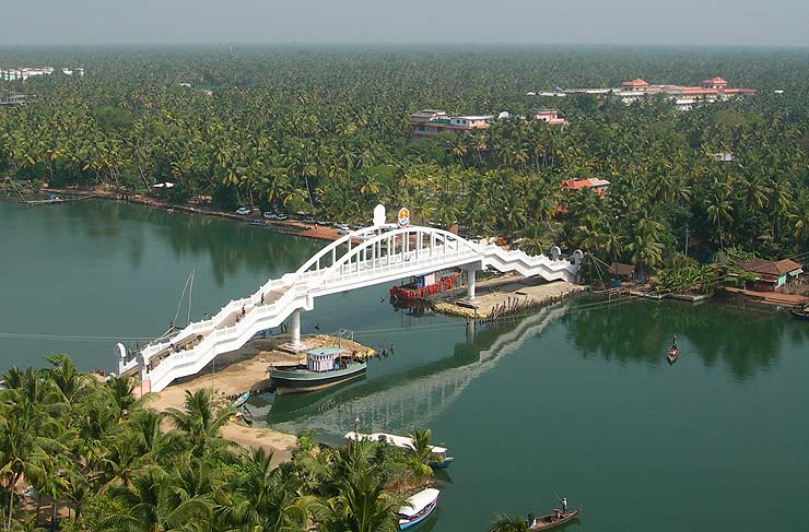 amritapuri_bridge.jpg